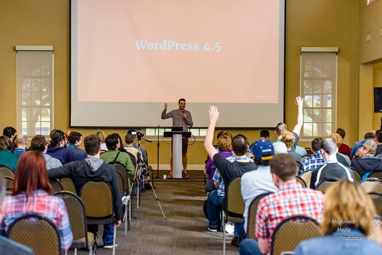 Session at WordCamp San Diego 2016. Photo by Joe McDonald (http://mcdonaldmediaproduction.com/)